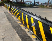 Heavy duty Security Solutions Hydraulic Road Blocker 300mm to 800mm Rising Height